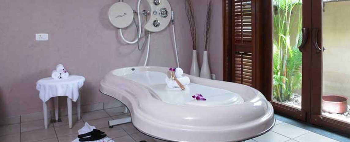 luxury ayurvedic spa resorts in kerala - zuri kumarakom