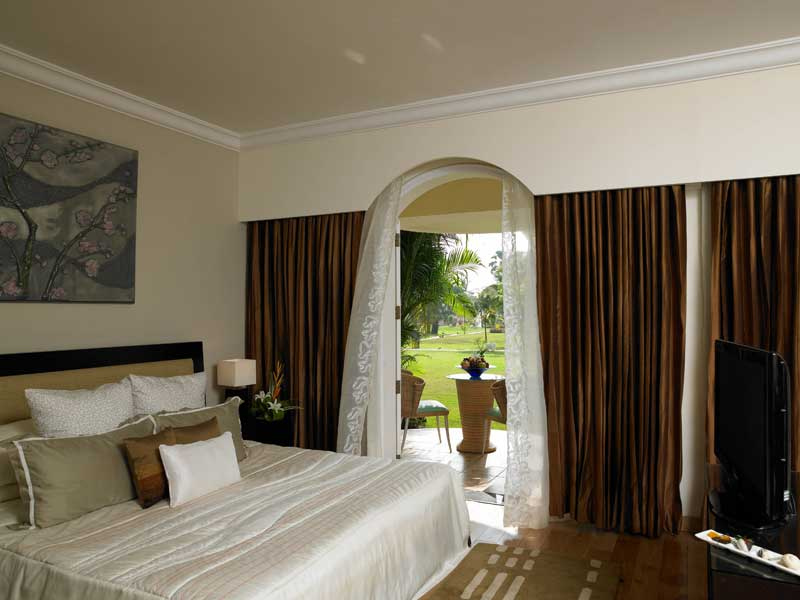garden view room in goa - zuri whitesands