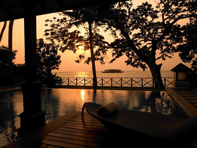 zuri kumarakom honeymoon package