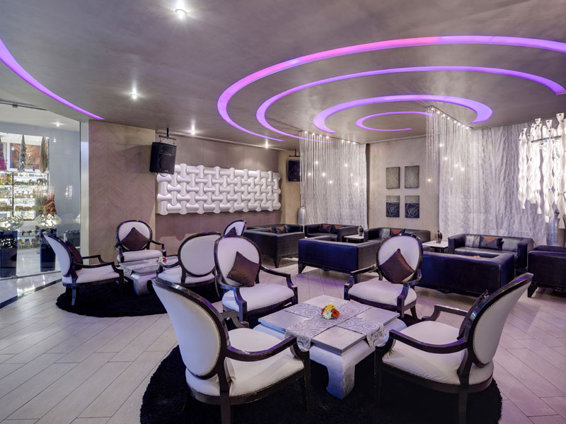 restaurants with dj in bangalore - zuri whitefield